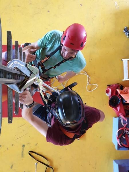 PSA-Rettung-am-Arbeitsplatz-Steigleiter-IKB